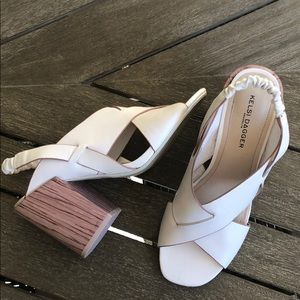 Kelsi Dagger Mazy Cross Strap Sandal Off-White 9
